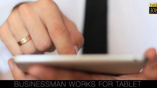 Cover Image for Businessman Works For Tablet 4