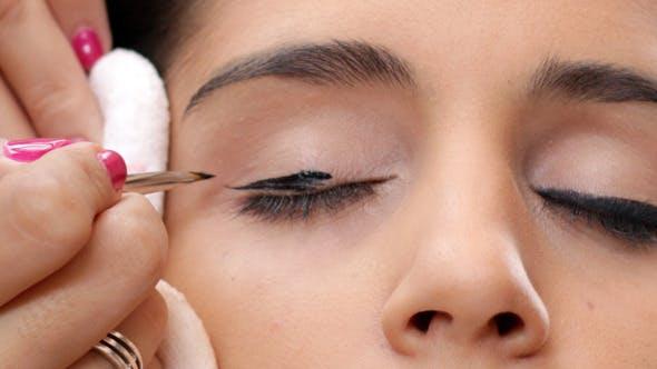 Face Makeup Black Eyeliner