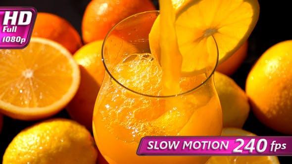 Gießen Orangensaft