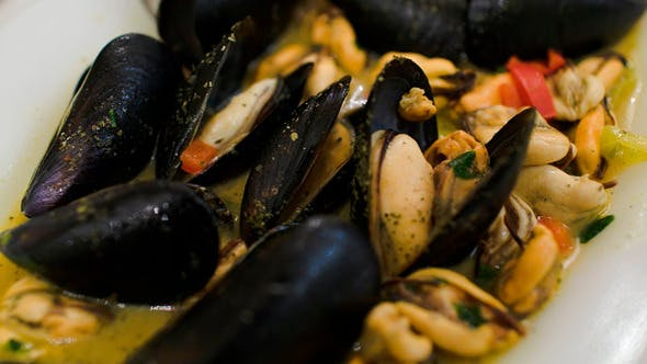 Thumbnail for Eating Dish With Mussels