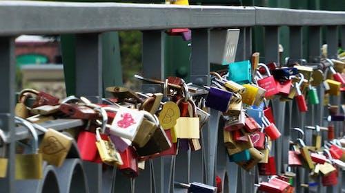 Wish Schlösser auf der Brücke