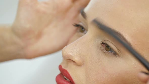 Thumbnail for Maquillage Permanent Sourcils