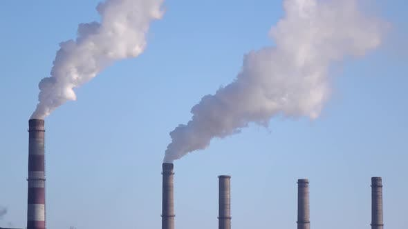 Cover Image for Pipes of Industrial Enterprise Spew Tons of Gas Into Environment