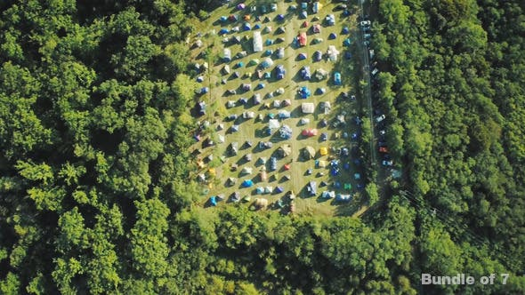Thumbnail for Über dem Lager im Wald
