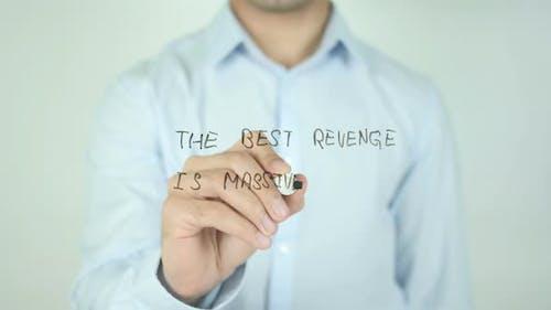 Die beste Rache ist massiver Erfolg, Schreiben auf dem Bildschirm