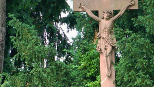 Thumbnail for Jesus Sculpture in Nature