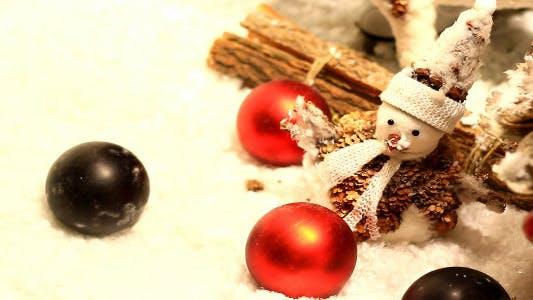 Thumbnail for White Snowman