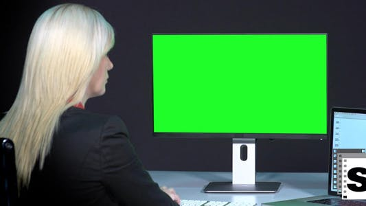 Thumbnail for Female Working With Green Screen