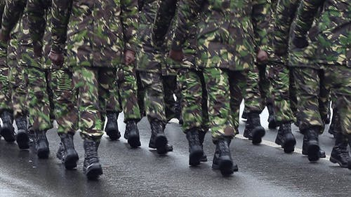 Armee-Parade