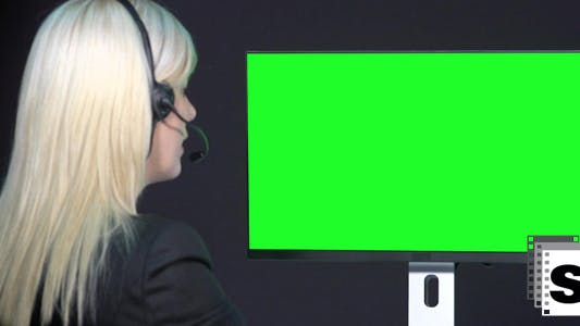 Thumbnail for Businesswoman Video Call With Green Screen