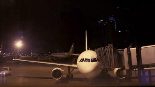 Airplane Departs 00