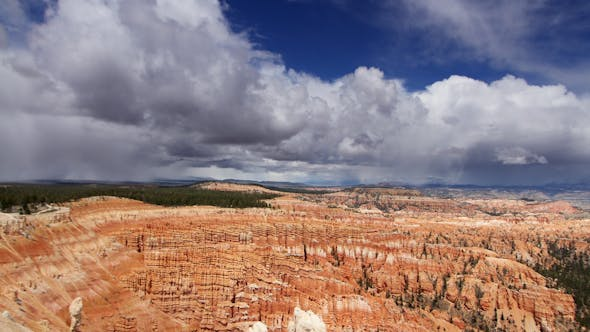 Cover Image for Amazing Rock Structures At Bryce Canyon, Utah, Usa