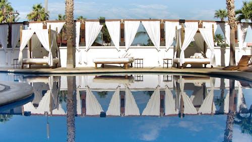 Bahia Pool 10