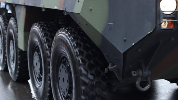 Cover Image for Military Truck Wheels