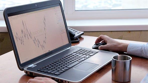 Thumbnail for Financier Checking Exchange Rates