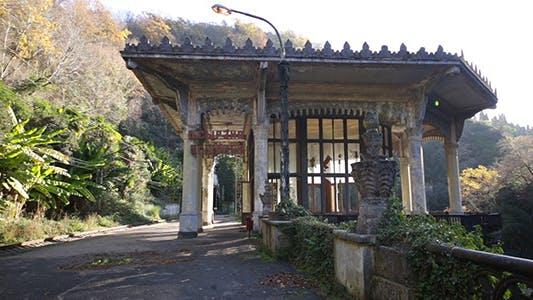 Thumbnail for Äußere des alten verlassenen Gebäudes 4