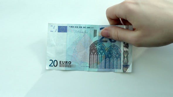 Currency Exchange: Rubles to Euro