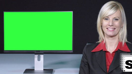 Thumbnail for Female Presenter With Green Screen