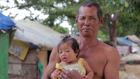 Thumbnail for Slums at Phnom Penh City Dumping Area 16