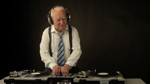 Thumbnail for Very Funky Elderly Grandpa Dj Mixing Records 47