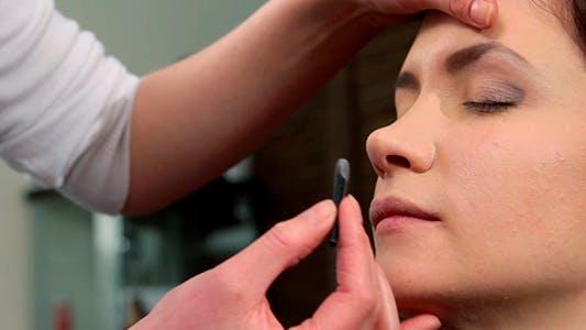 Thumbnail for Makeup 25