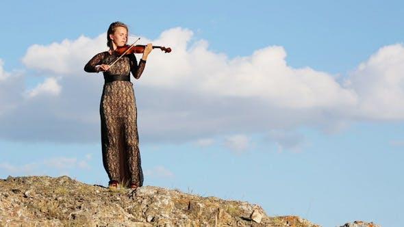 Violinist 19
