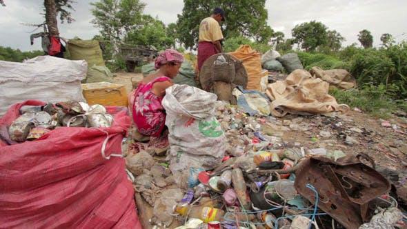 Thumbnail for Slums At Phnom Penh City Dumping Area 44
