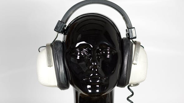 Black Mannequin Headphones 1