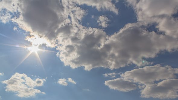 Cover Image for Clouds in motion 7