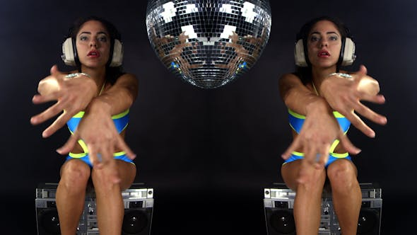Thumbnail for Beautiful Gogo Dancer In A Sexy Costume 1