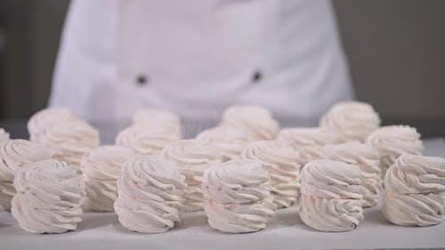 Powdered Sugar on Marshmallow