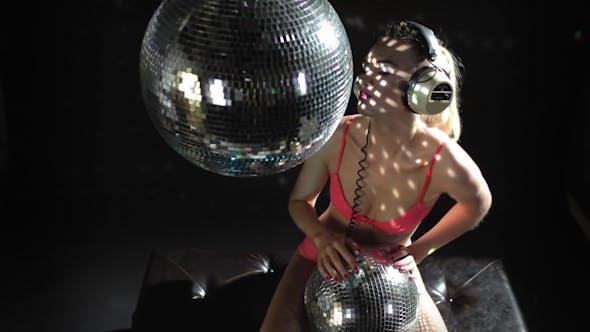 Thumbnail for Blonde Girl Disco Dance Studio Shot 1