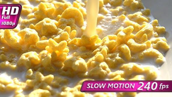 Thumbnail for Corn Flakes in Milk