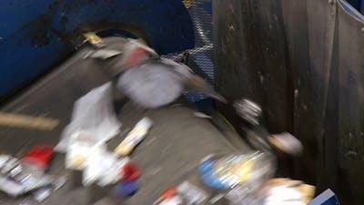 Recycling Trash On A Conveyor Belt (1 Of 9)