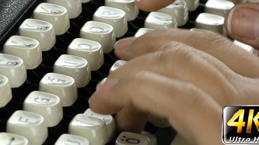 Thumbnail for Typing to Typewriter