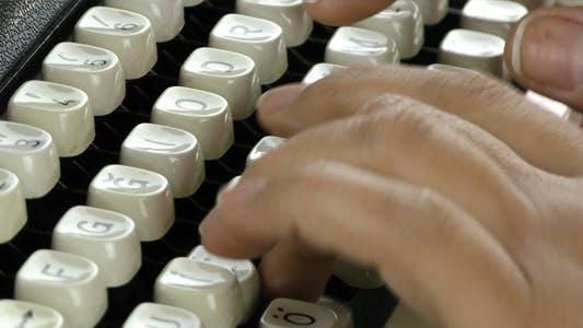 Thumbnail for Schreibmaschine eingeben