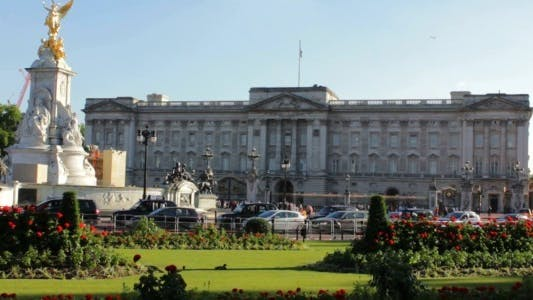 Thumbnail for Buckingham Palace and Victoria Memorial