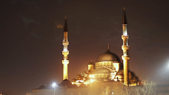 Thumbnail for Yeni Cami Mosque In Istanbul Night