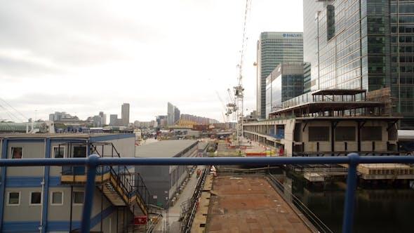 Train Canary Wharf In London, Docklands Light Railway 5