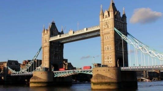 Thumbnail for Tower Bridge in London