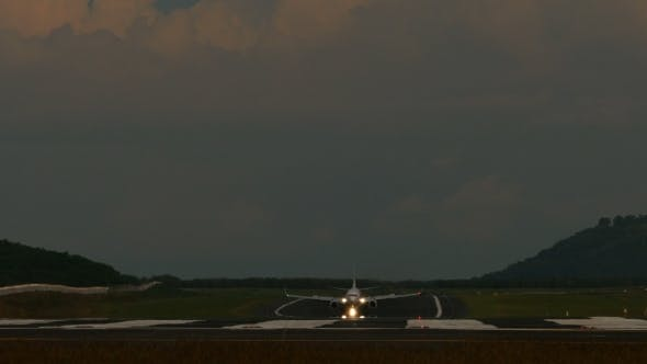 Thumbnail for Taxiing