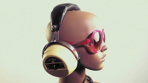 Mannequin Headphones 7