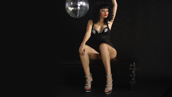 Thumbnail for Gogo Dancing Burlesuqe Disco Girl 4