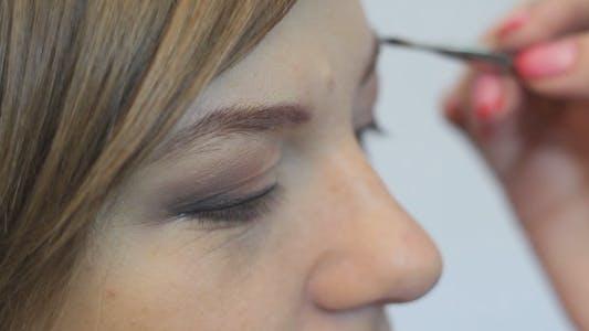 Make-up Augenbraue