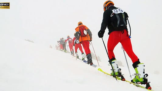 Cover Image for Skiing Race