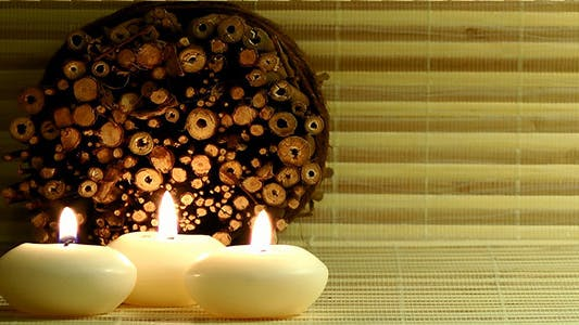 Candles & Scented Wood Pieces
