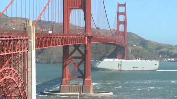 Thumbnail for Sunny Golden Gate Bridge (8 Of 11)