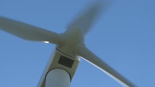 Wind Turbine (Zoom Out)