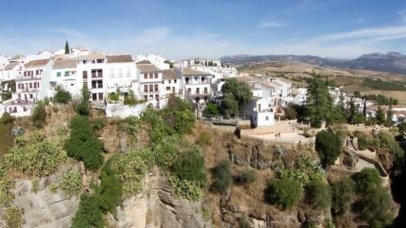 Blick auf die Schöne Stadt Ronda In Andalusien, Spanien. 10