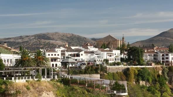 Blick auf die Schöne Stadt Ronda In Andalusien, Spanien. 7